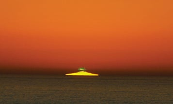 Every sunset ends with a green flash. Why is it so hard to see?