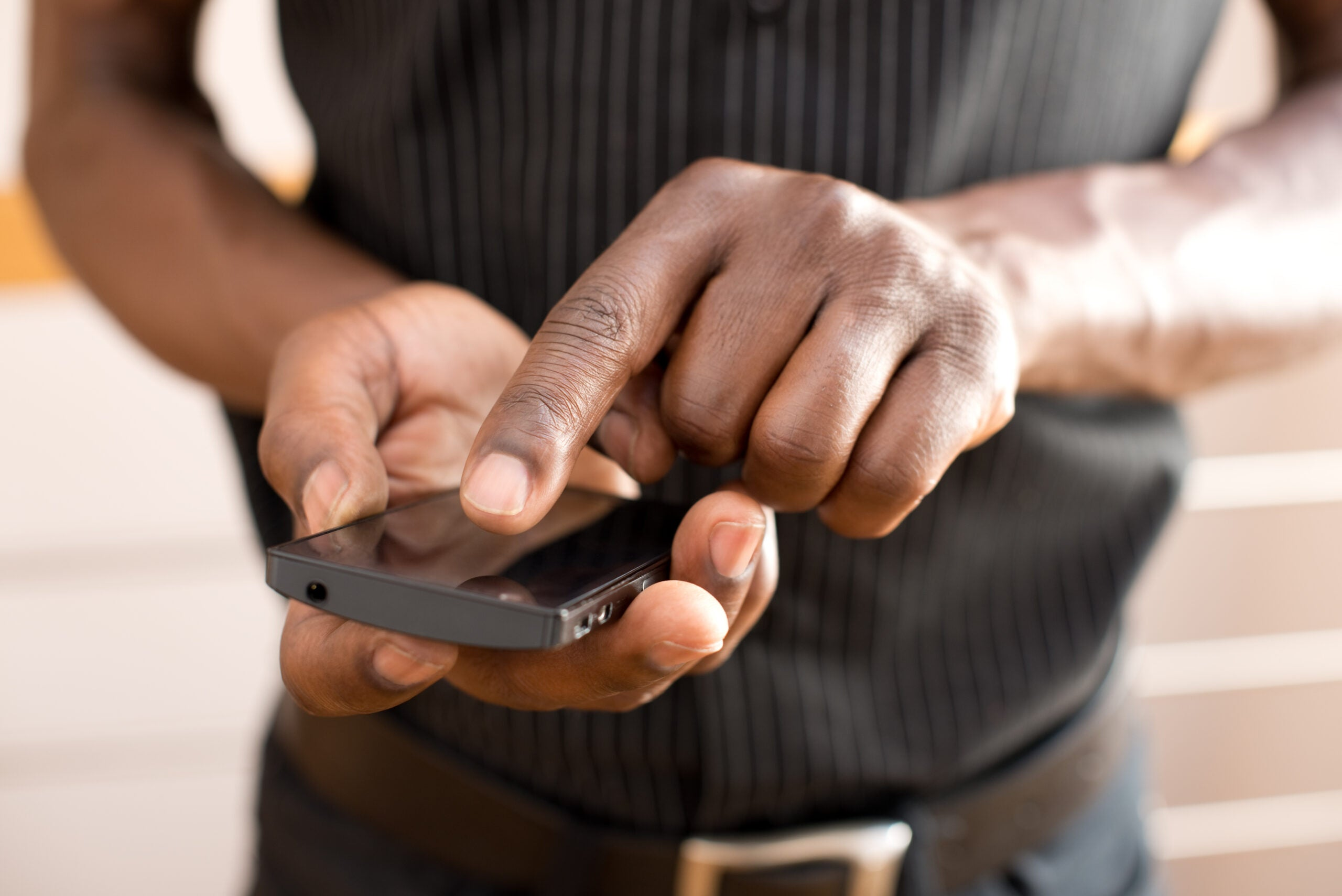 Your smartphone is hijacking your brain. Here's how to stop it.