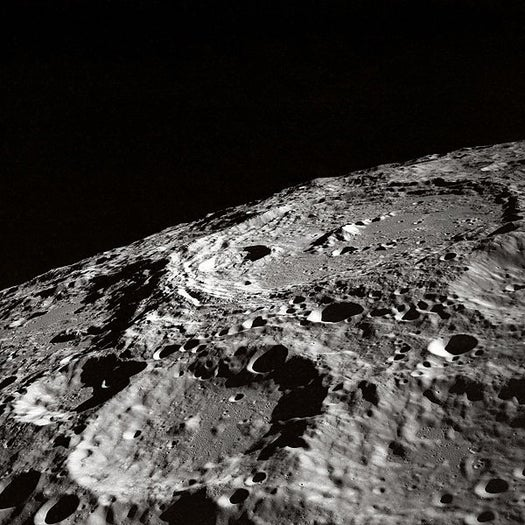 Small 'Umbrella' of Magnetism Shields Part of Moon from Solar Winds, a Good Sign for Habitability