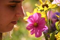 httpswww.popsci.comsitespopsci.comfilesimport2013importPopSciArticlessmelling_flowers.jpg