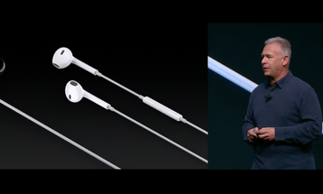 Apple's EarPods Now Connect Through The Lightning Port