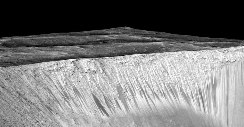 Boiling Water Might Have Carved Mars's Mysterious Dark Streaks