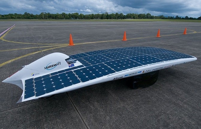 Video: Solar-Powered Car Sets New World Speed Record in Australia
