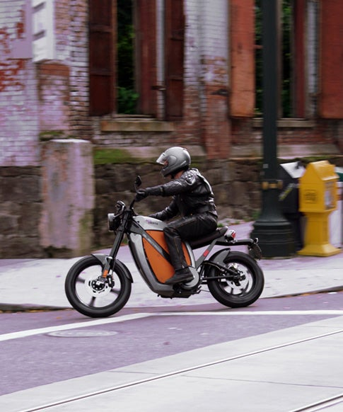 Test Drive: Brammo Enertia All-Electric Motorcycle, Coming to a Best Buy Near You