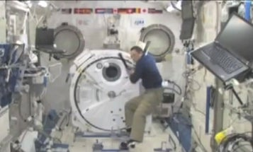 Video: Japanese Astronaut Plays Baseball With Himself Aboard ISS