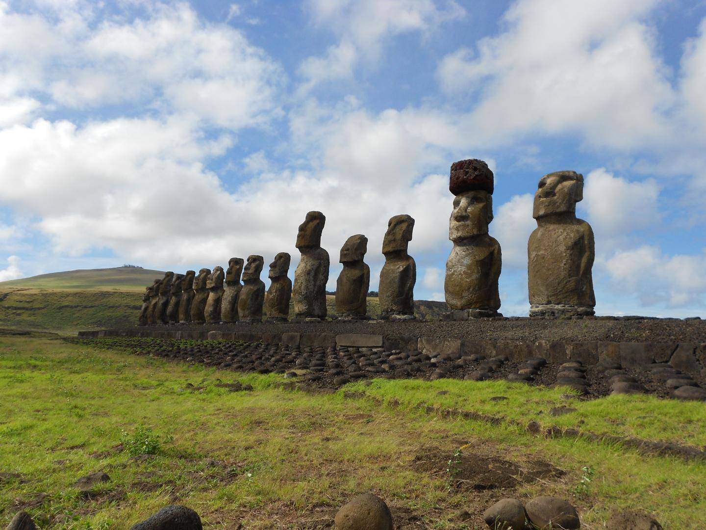 We may finally know how Easter Island's giant statues got their jaunty stone hats
