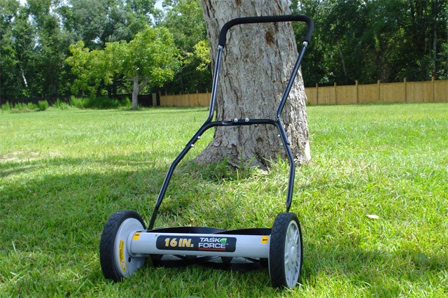Get Reel: Mow Your Lawn for Free