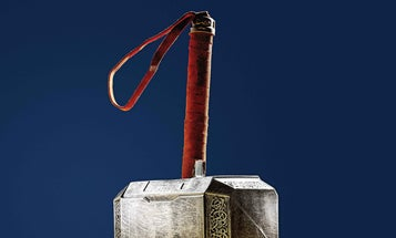 Only You Can Lift This DIY Hammer Of Thor