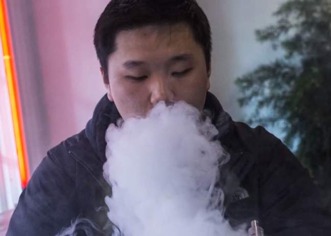E-Cigarettes Not Harmless, Should Be Regulated Like Cigs, Study Says