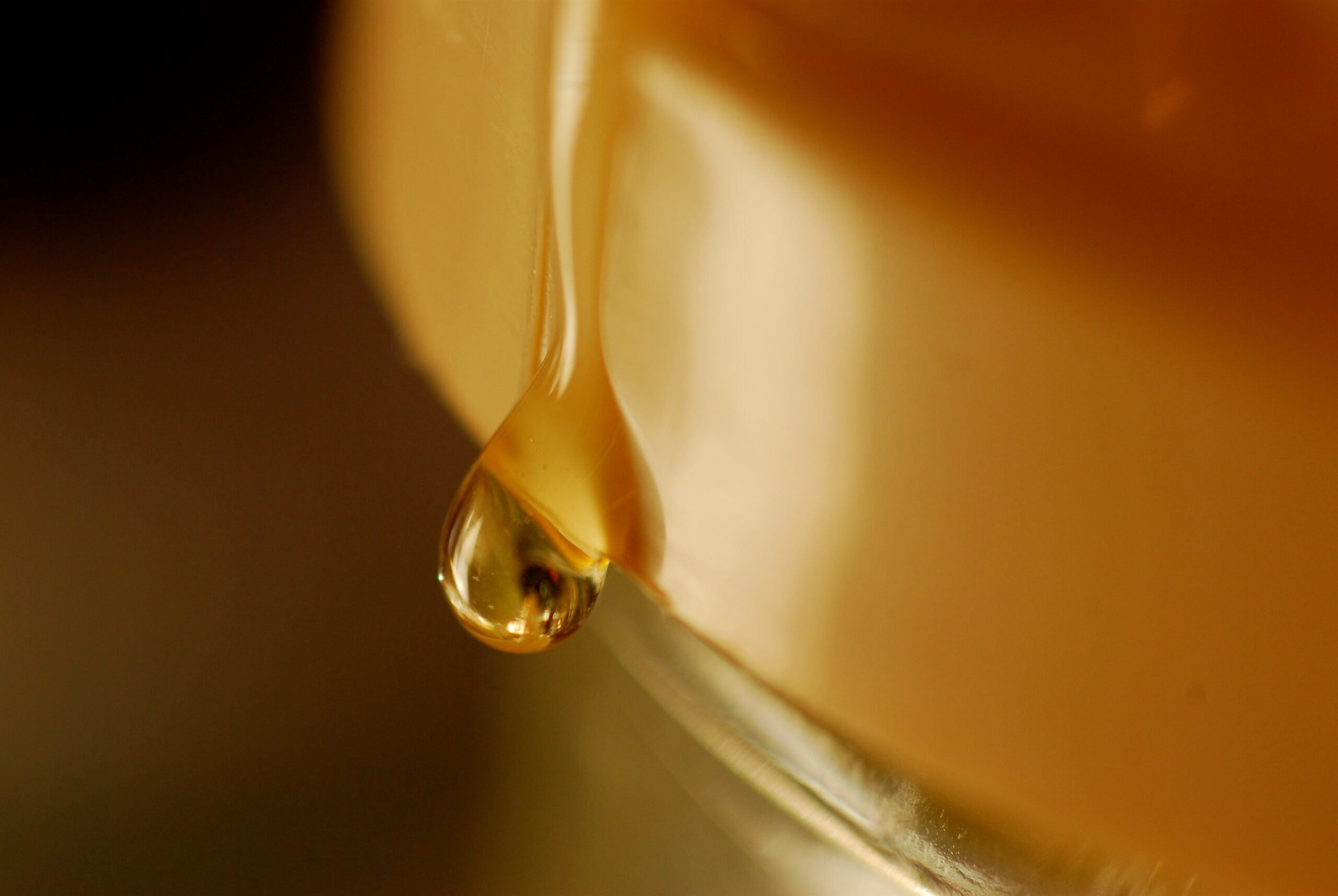 Physicists Figure Out Why Honey Falls In Twists