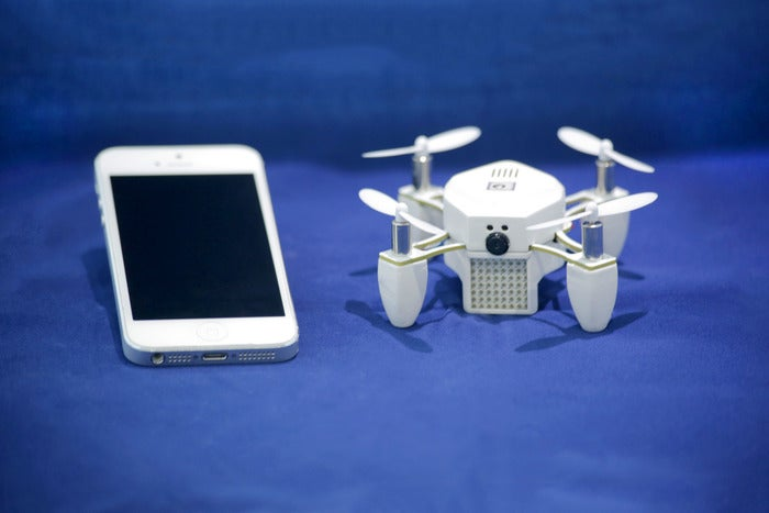 ZANO Drone Wants To Take Your Selfie From The Sky