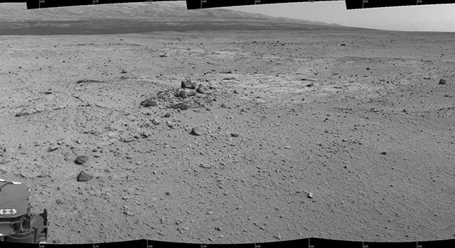 Mars Rover Curiosity Drives Itself For The First Time