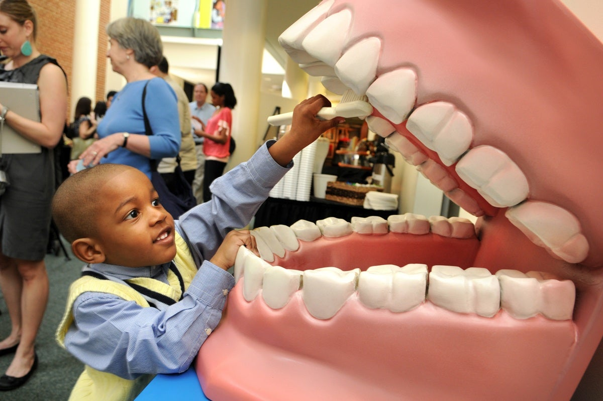 Bacteria That Cause Gum Disease Linked To Alzheimer's