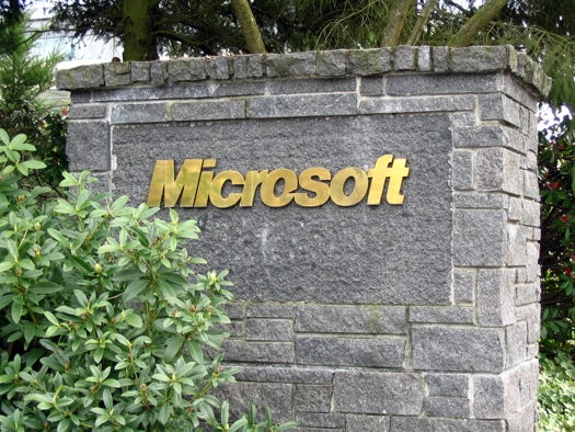 U.S. Government Uses Early Knowledge Of Microsoft Bugs For Spying
