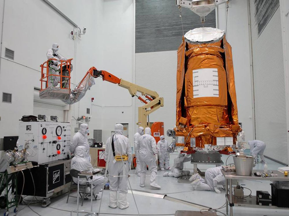 Prepping the Kepler spacecraft pre-launch in 2009