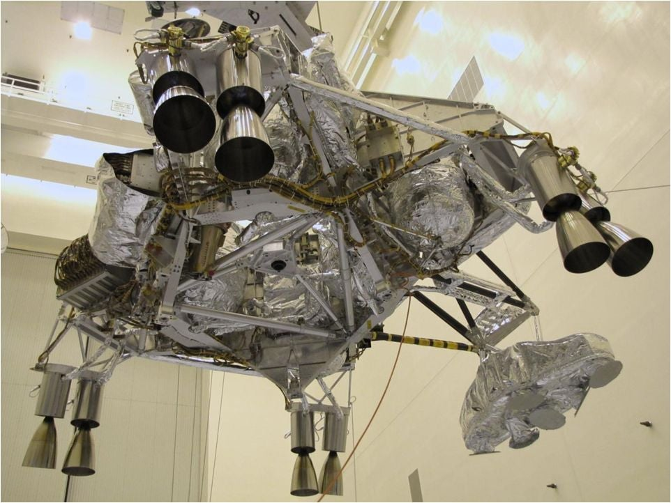Mars Rover Curiosity's Onboard Computers Calibrate for Upcoming Landing