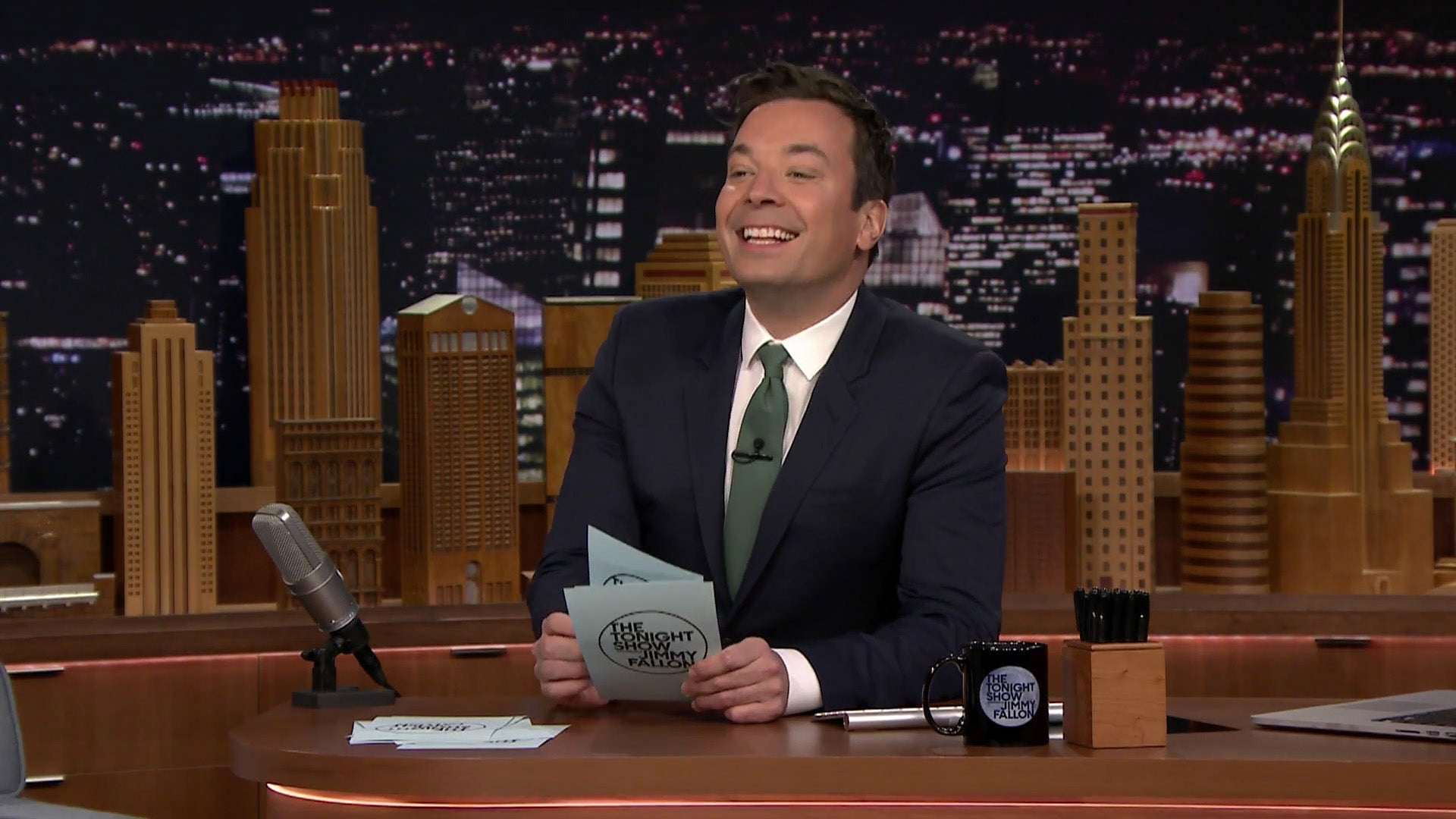 Jimmy Fallon Lists The Pros And Cons Of Traveling By Hyperloop
