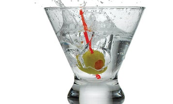 This Gin Is Supposed To Make Its Drinkers Look Younger