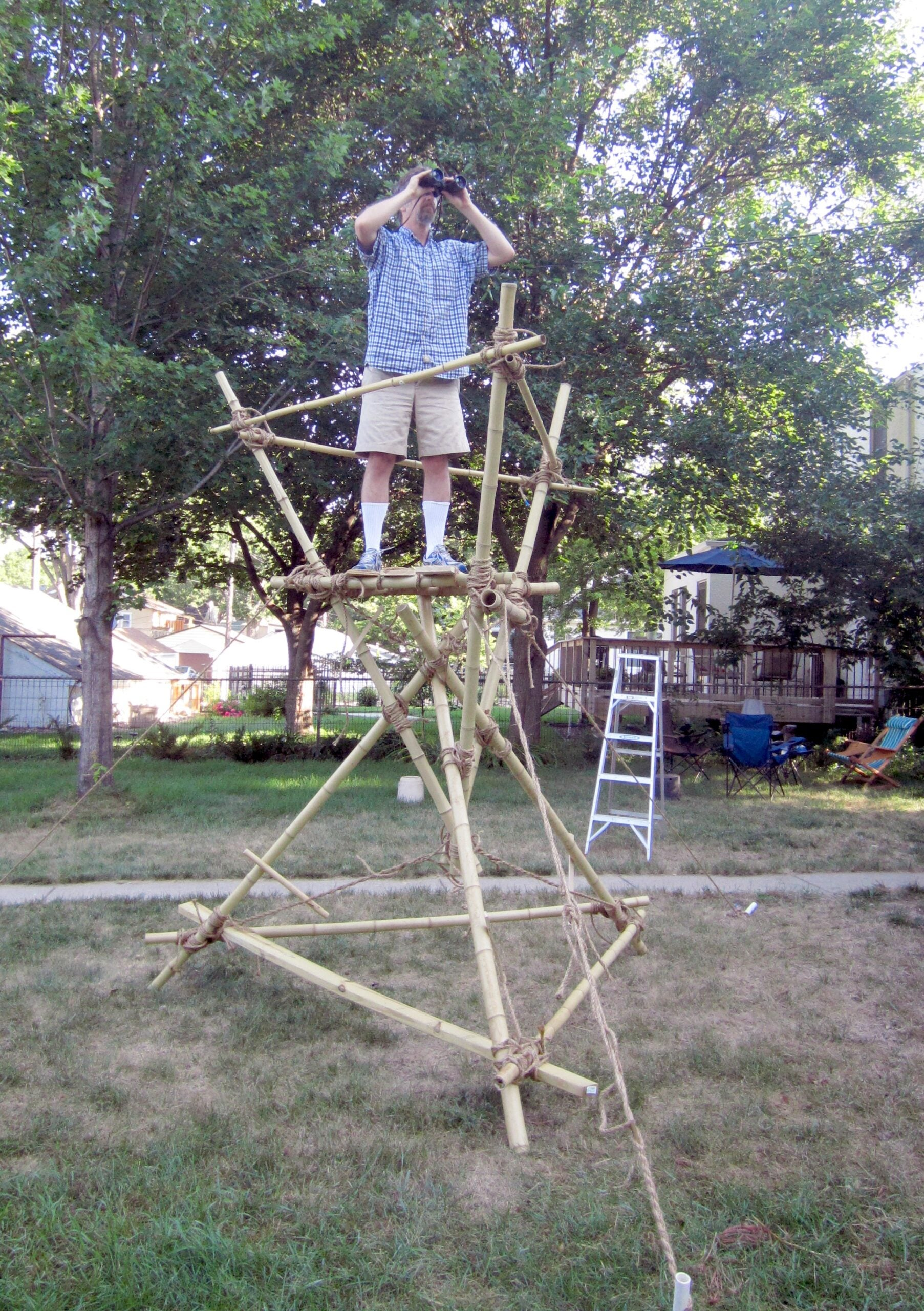 How to build an hourglass watchtower
