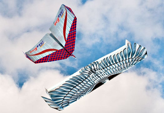 Video: How to Fold the Longest-Flying Paper Airplanes