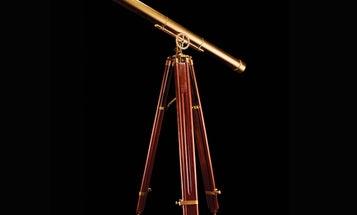 How to build a DIY replica of Galileo's telescope