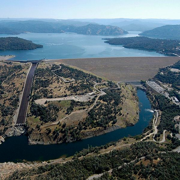 What is happening with the Oroville Dam spillway?