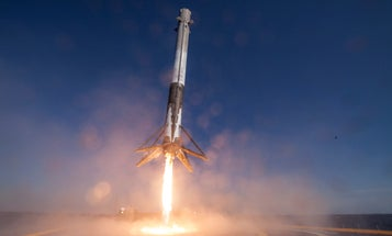 9 Spectacular Photos From Last Week's SpaceX Launch And Landing