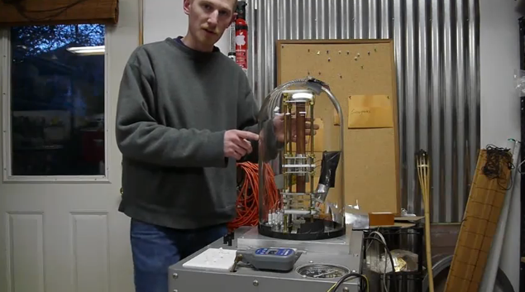 Video: A Tour of a Homemade Scanning Electron Microscope