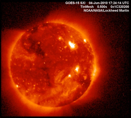 After a Tense Delay, NASA's GOES-15 Solar X-Ray Imager Sends Back First Pics
