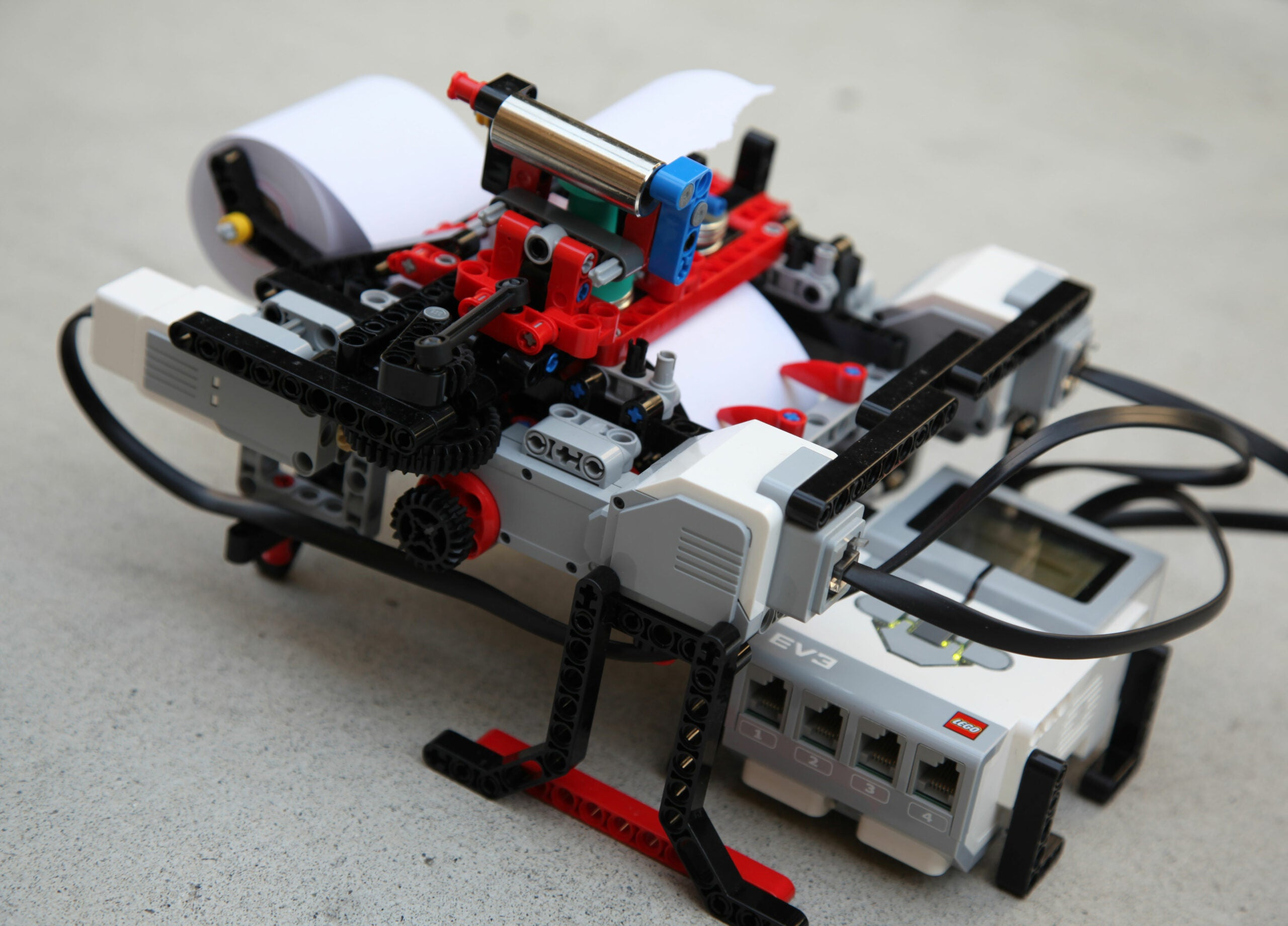 Three Projects That Make LEGO Toys Into High-Tech Tools
