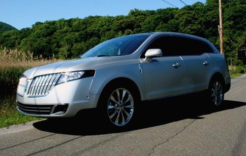 Test Drive: 2010 Lincoln MKT with EcoBoost V6