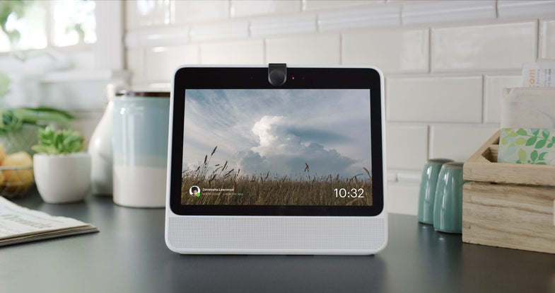 Here's what happens when you turn off the microphones and cameras on Facebook's Portal device