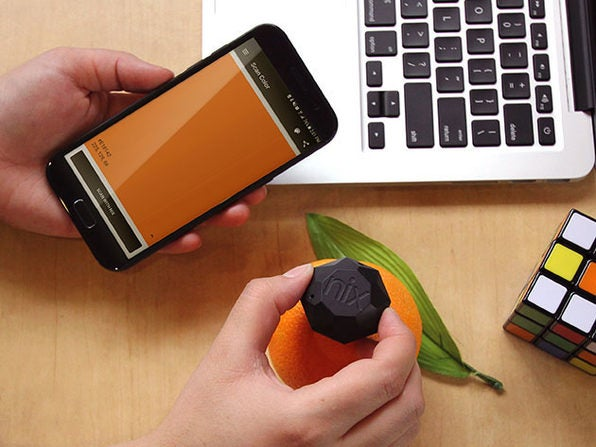 The Nix Mini Sensor lets you capture colors from the real world