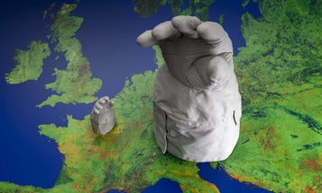 Big Pic: 3-D Printed Space Gloves Rule The World