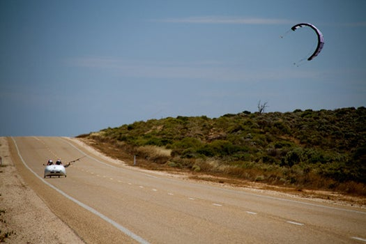 German Team Sets Record, Crossing Australia in a Wind-Powered Car