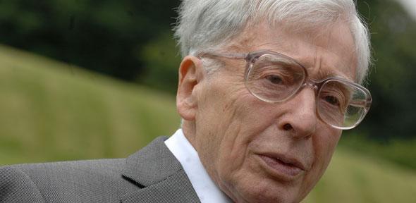 Nobel Prize Winner And Pioneer Of In Vitro Fertilization Robert G. Edwards Has Died