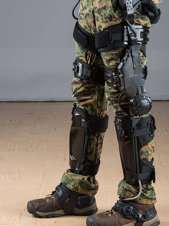 lockheed martin adaptable exoskeleton standing
