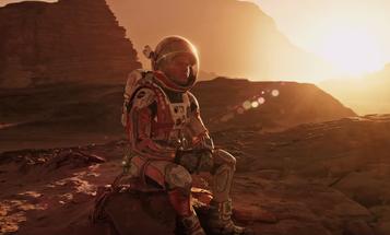 New Trailer For 'The Martian' Shows Matt Damon Get To Work On Mars
