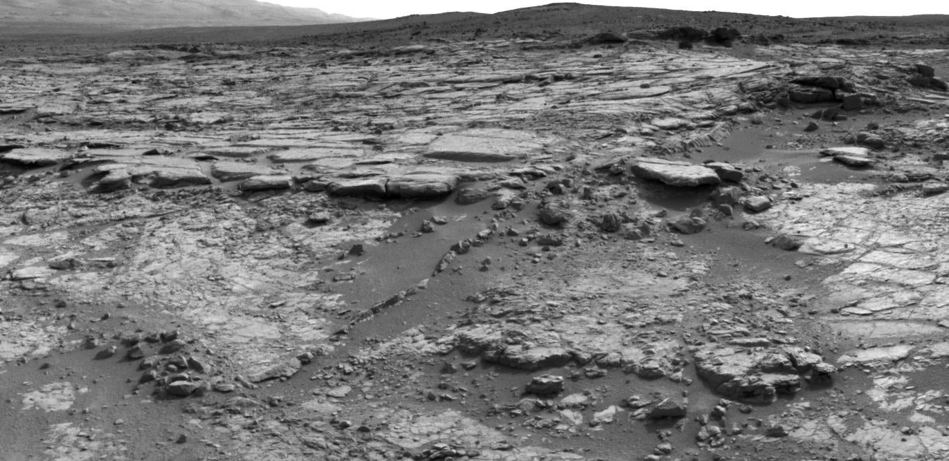 Today On Mars: Curiosity Visits The Snake River