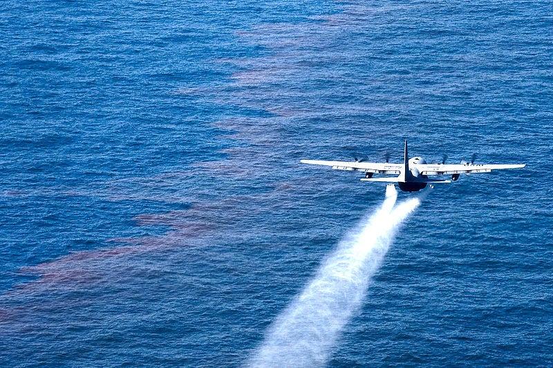 How Do Oil Dispersants Work?