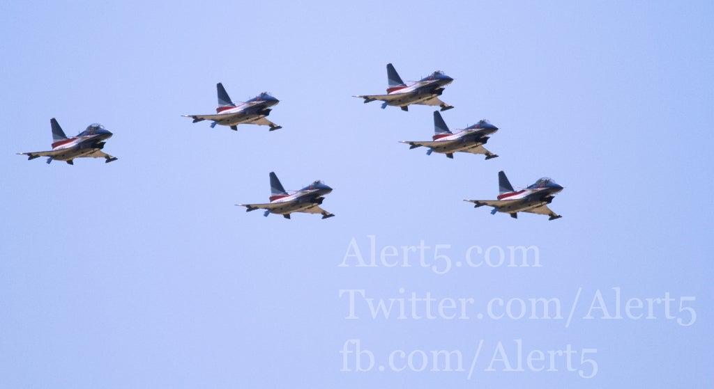 Chinese Fighter Jets Fly South for Spring Break