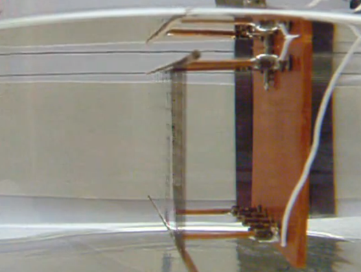 Video: Underwater Nano-Mirage Effect Enables On-Demand Invisibility