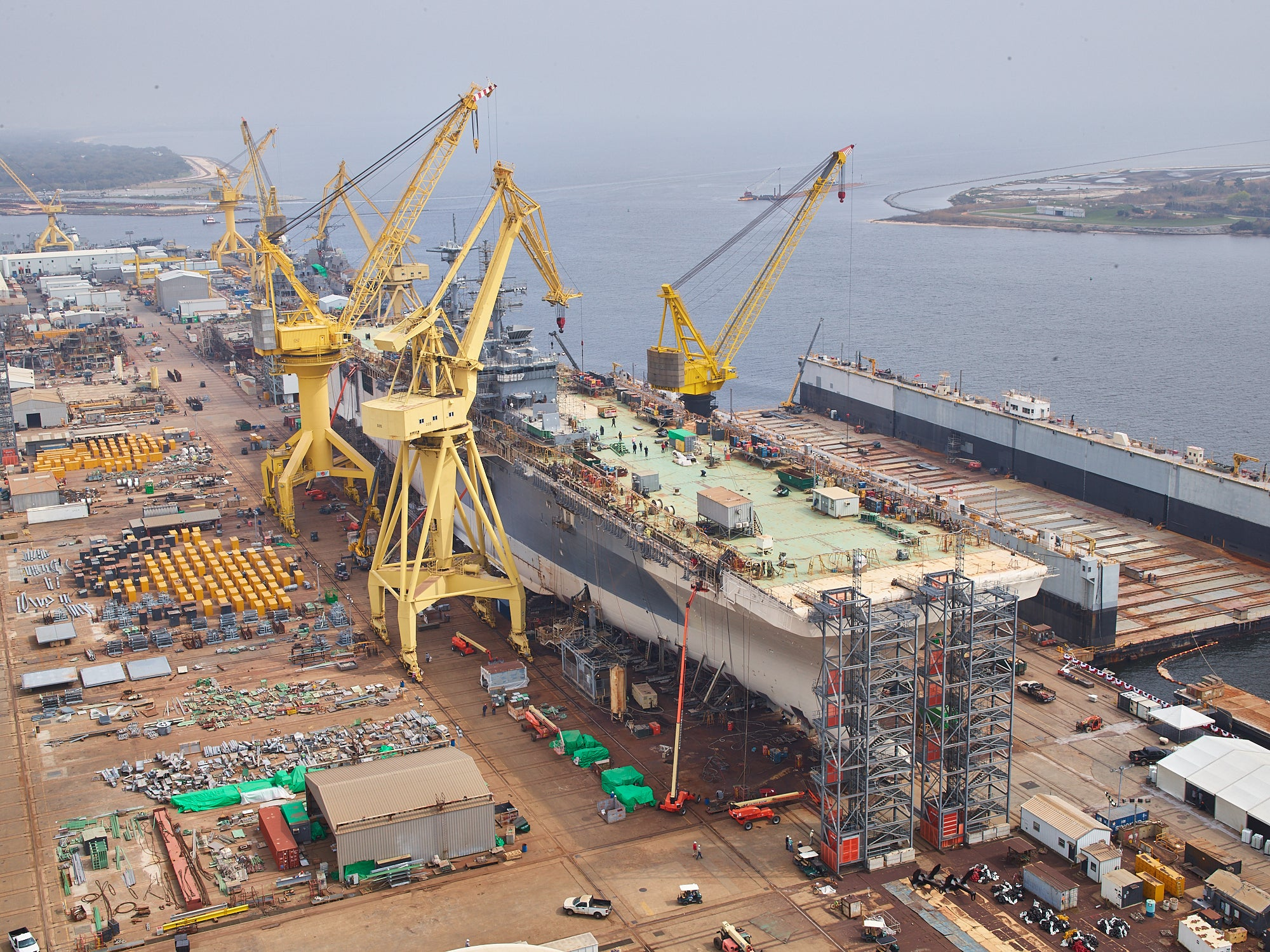 In photos: where Navy warships are built