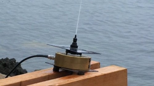 Pump-Powered Antennas Could Replace Metal Communications Arrays with Fountains of Saltwater