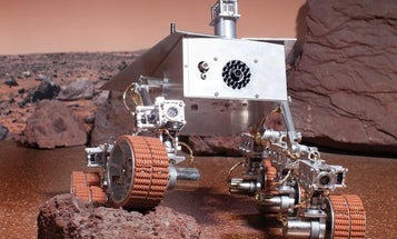 A Family Built This Museum-Quality Curiosity Rover