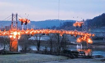 Megapixels: Blowing Up a 1,585-Foot Bridge