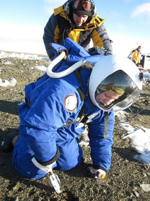NASA's Prototype Mars Space Suit Gets a Frosty Antarctic Performance Test