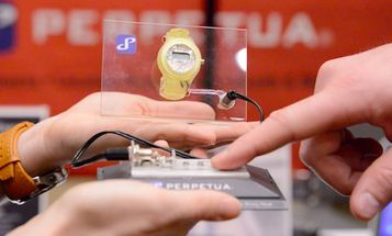 CES 2013: Perpetua Demos Watches Powered by Body Heat