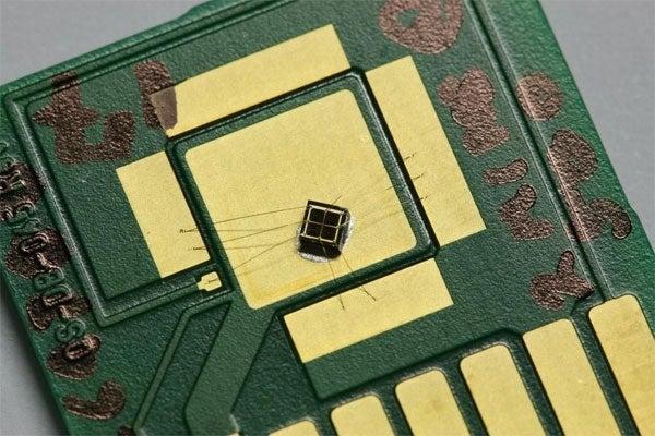New Solar Cells Adjust Sensitivity According to Latitude