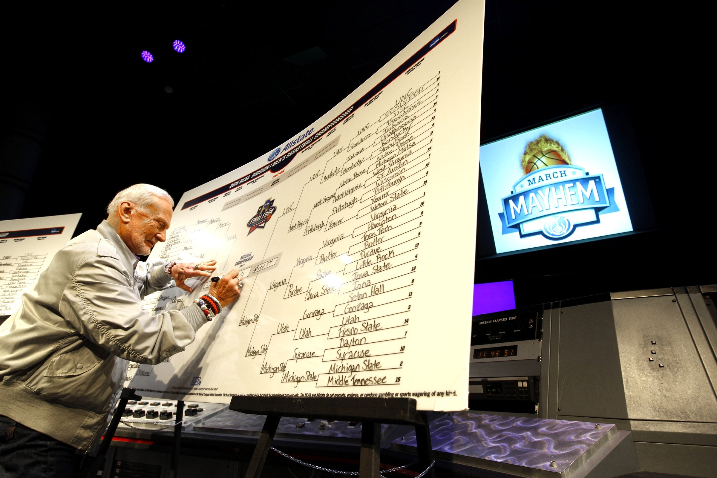 Buzz Aldrin Gives Us His Last-Minute March Madness Tips